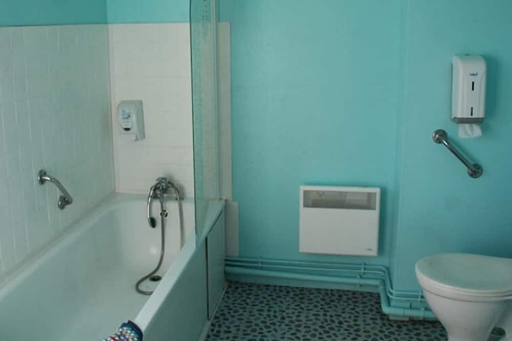 Comfort Τετράκλινο Δωμάτιο - Μπάνιο