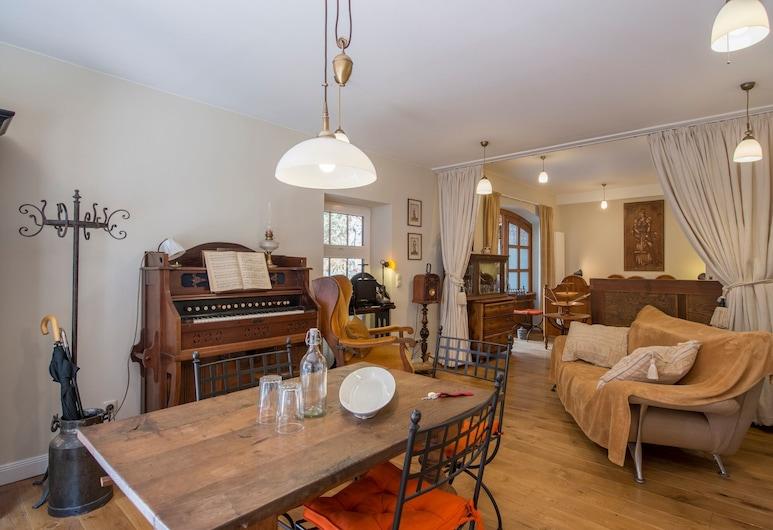 Altstadt Suite, Lueneburg, Exclusive Suite, City View (incl. 79€ cleaning fee), Living Area