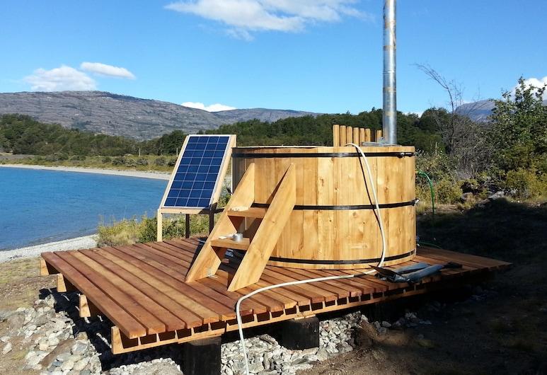 Patagonia 47g, Puerto Guadal, Outdoor Spa Tub