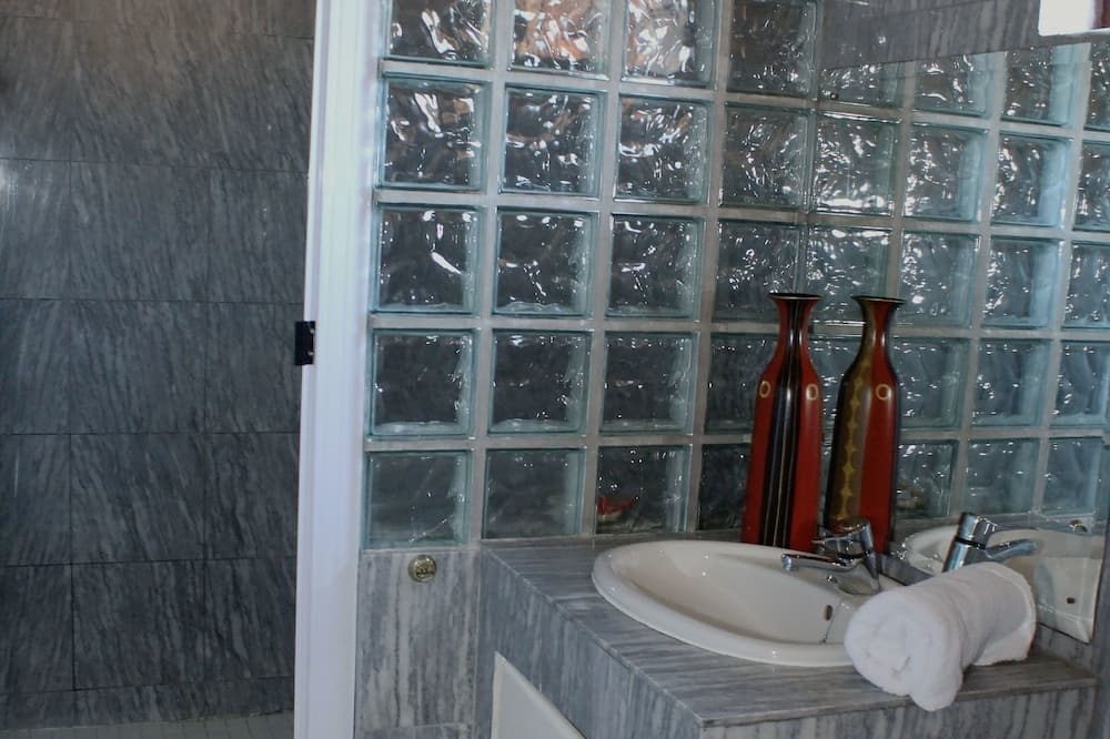 Kambarys (RAV TWO) - Vonios kambarys