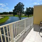Rindu māja, trīs guļamistabas, privāts baseins - Balkons