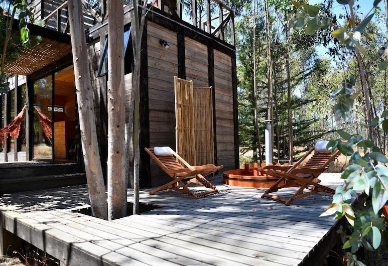 Tripanko Lodge & Bungalows, Pichilemu, Bungalow, 1 Queen Bed with Sofa bed, Hot Tub, Terrace/Patio