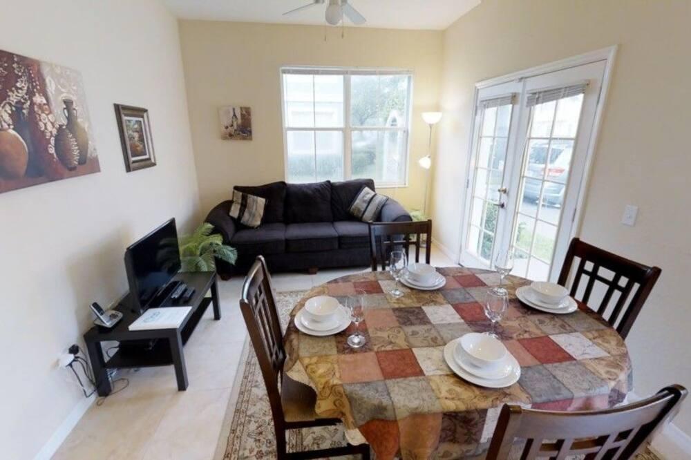Casa de ciudad, 4 habitaciones, cocina - Servicio de comidas en la habitación