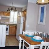 Квартира, 2 спальни, кухня - Обед в номере