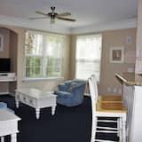 شقة - غرفتا نوم - بمطبخ - منطقة المعيشة