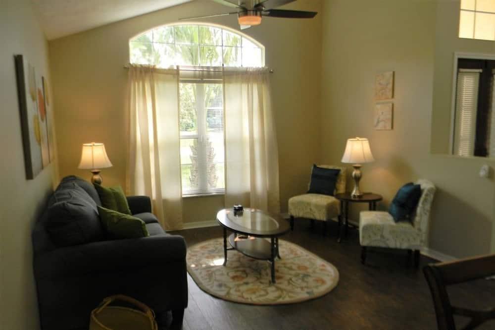 Biệt thự, 4 phòng ngủ, Hồ bơi riêng - Khu phòng khách