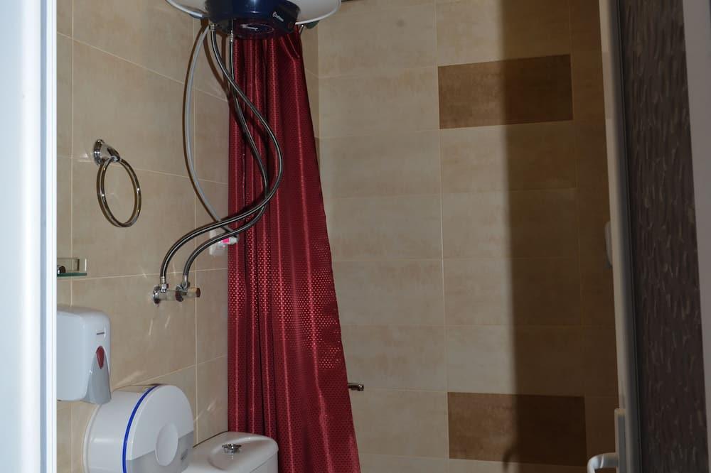 三人房, 城市景觀 - 浴室