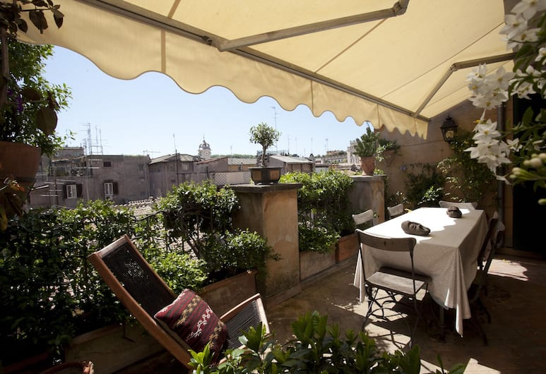 Princely Penthouse on the Pilgrims' Way, Rome, Appartement, 2 slaapkamers, Terras