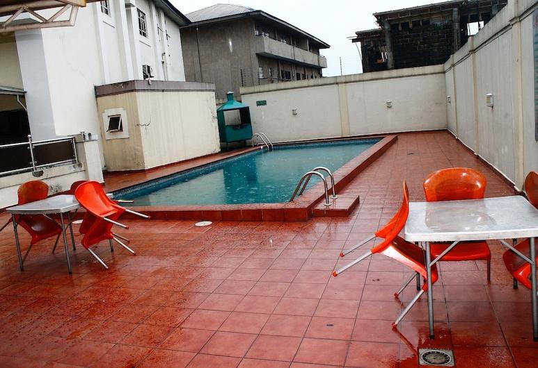 Viontel Hotel, Port Harcourt, Piscina