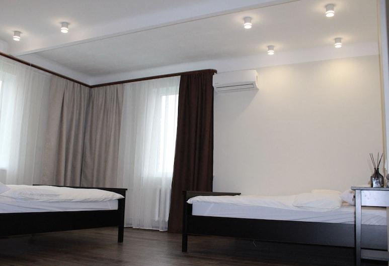 熱門地方青年旅舍, 弗拉迪佛斯托克, 舒適四人房, 2 張標準雙人床, 客房