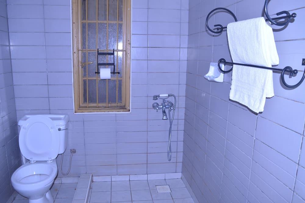 Chambre Double, 1 lit double, non-fumeurs - Salle de bain