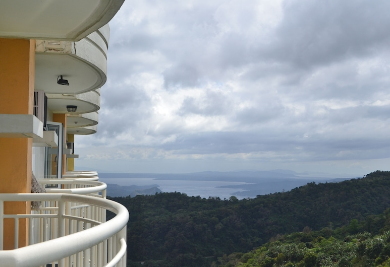 Yohan's CoolSpace Tagaytay, Tagaytay, Appartement, 1 chambre, Terrasse/Patio