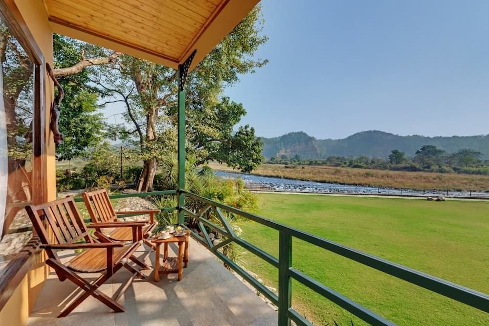 Standard Cottage, 1 Double Bed, Pool View - Balcony