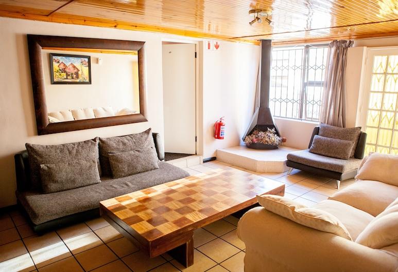 Oria Lodge - Summer Greens, เคปทาวน์, ห้องดีลักซ์สวีท, พื้นที่นั่งเล่น