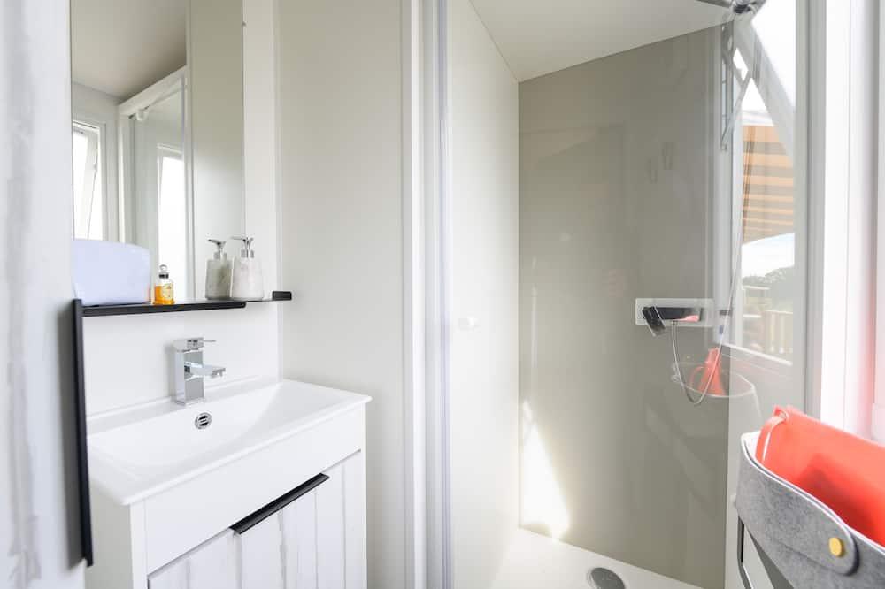 Premium Cottage, 3 Bedrooms - Bathroom