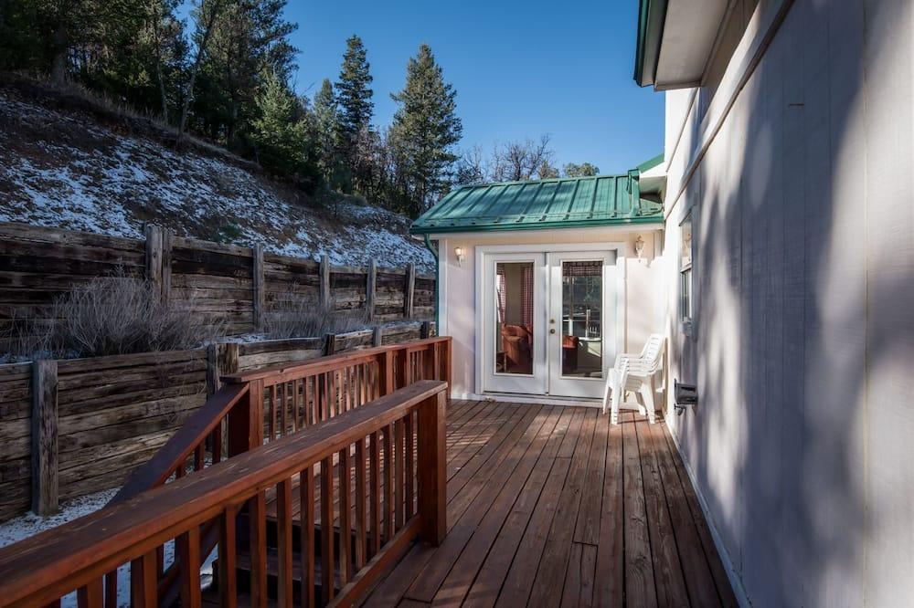 Cabaña, 3 habitaciones, chimenea, con vistas - Imagen destacada