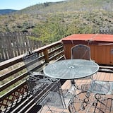 Cabin, 2 Bedrooms, Hot Tub, View - Balcony