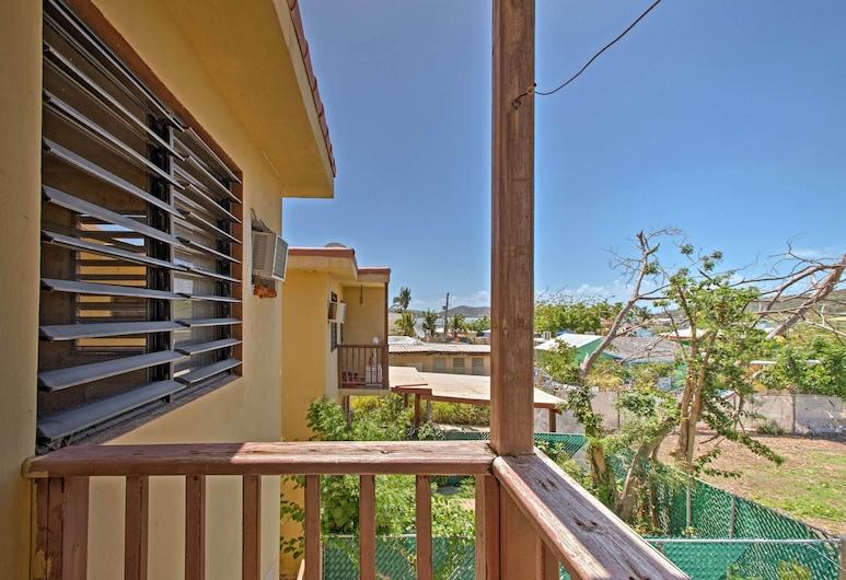 Culebra Neighborhood Condo - zu Fuß zum Strand und Stadt!, Culebra, Balkon