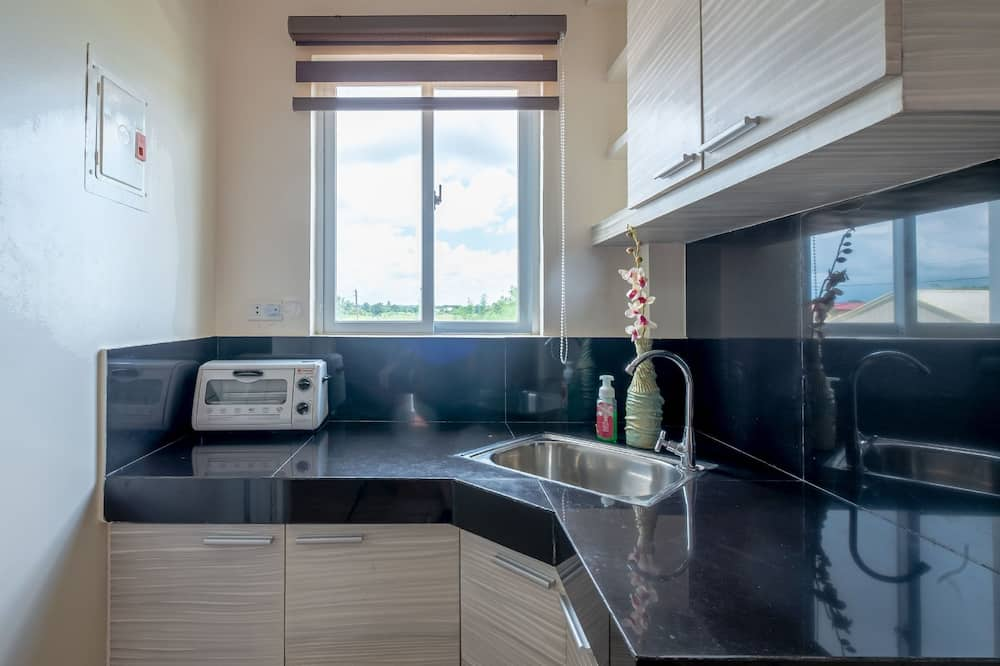 Standard Quadruple Room - In-Room Kitchen