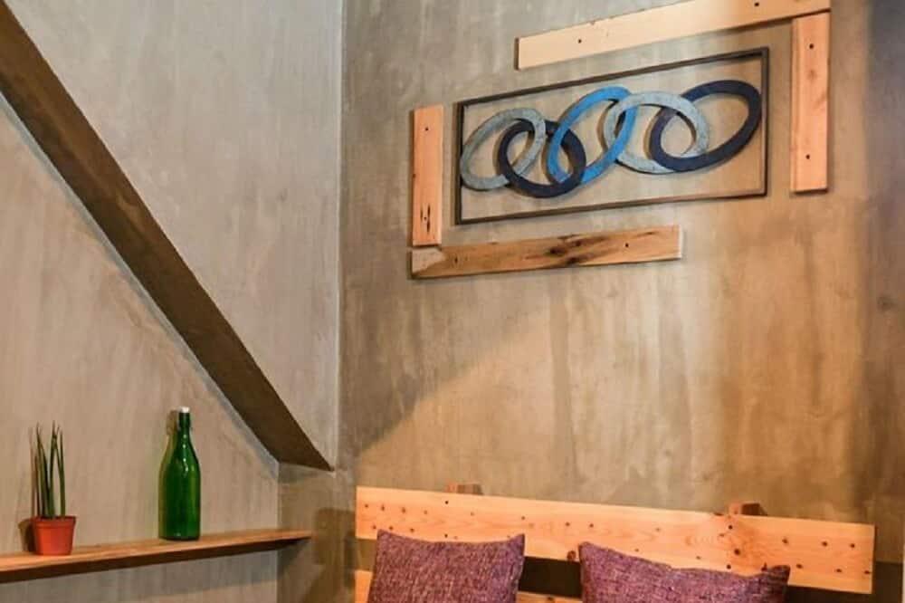 Bhive Suite - Living Area
