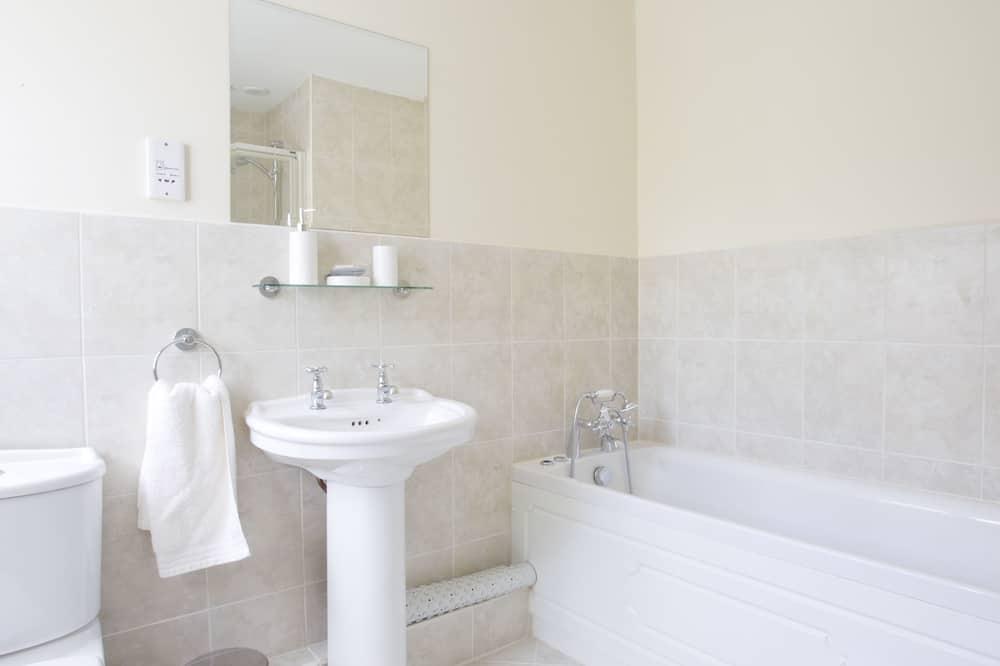Standartinio tipo dvivietis kambarys - Vonios kambario dušas