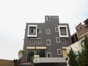 Picture of OYO 12355 Hotel New Jagdamba Lodging in Aurangabad