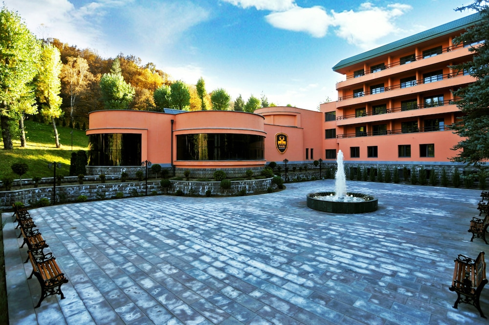 Nairi SPA Resorts Hotel