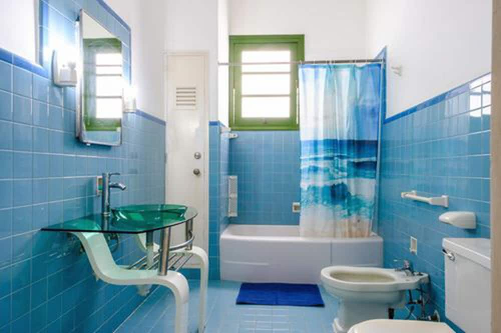 Family Chalet, 3 Bedrooms - Bathroom