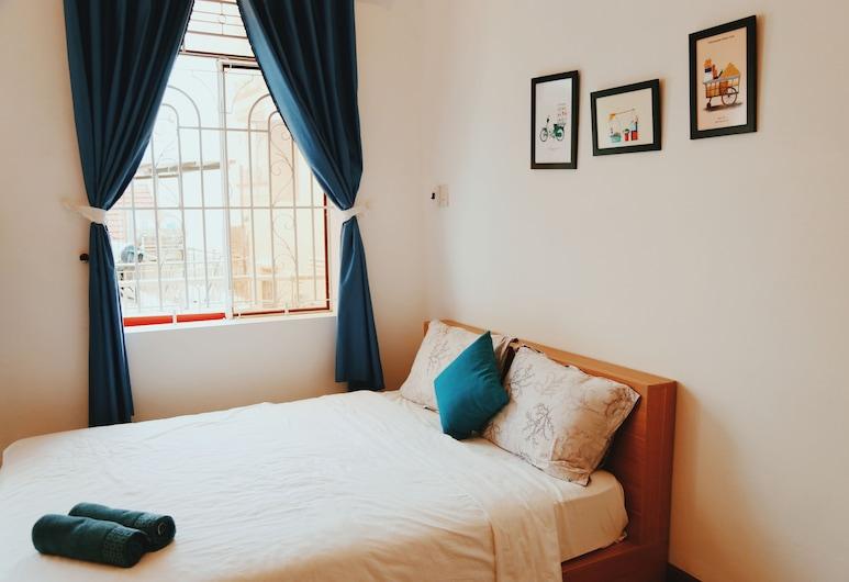 QQ ハウス ウィズ バルコニー アンド ニア ザ ビーチ, ニャチャン, ハウス 2 ベッドルーム, 部屋