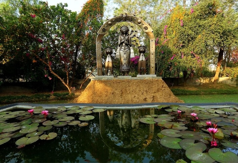 The Garden Bungalow, Bolpur, Garden