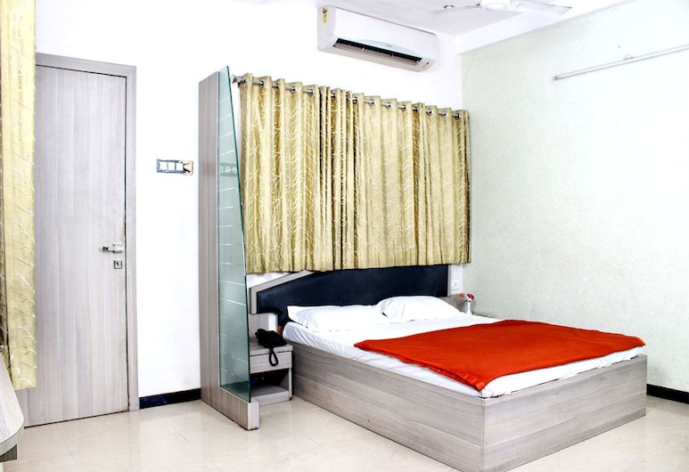 Hotel Farhat Executive, Ahmednagar