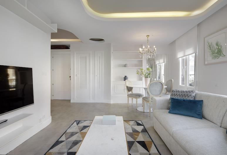 San Juan Apartment by FeelFree Rentals, San Sebastian, Apartment, 2 Bedrooms, Living Room