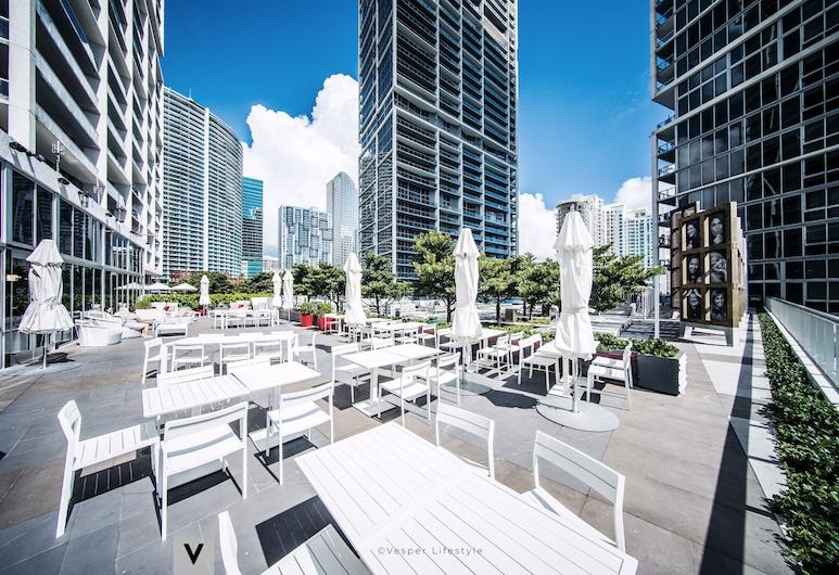 ICON Brickell W Miami by Vesper, Miami, Courtyard