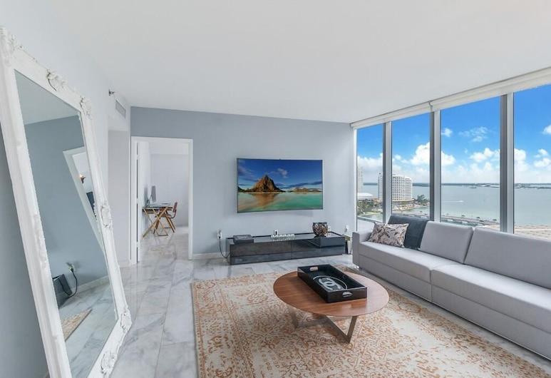 Icon Brickell W Miami by Velvet Luxury, Miami, Grand Condo, 2 Bedrooms, Non Smoking, Ocean View, Living Area