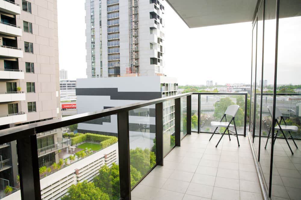 Family Apartment, 2 Bedrooms, Pool Access - Balcony
