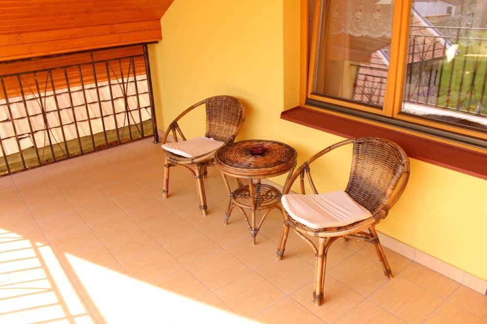 Δίκλινο Δωμάτιο (Double), Θέα στον Κήπο - Μπαλκόνι