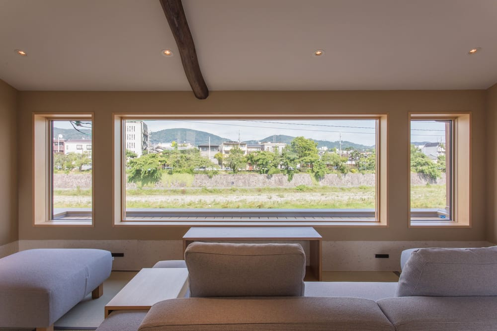 Private Vacation Home - Living Area