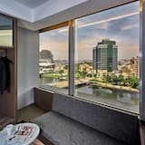 Executive Double Room, Harbor View - Living Area
