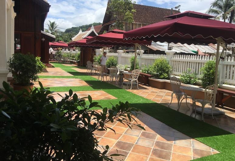 Ananta Villa, Luang Prabang, Terrasse/veranda