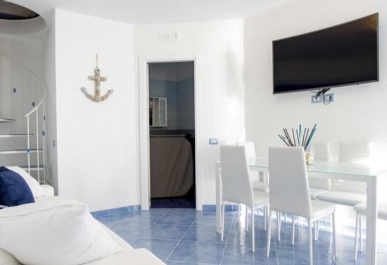 Blu Angel Relais, Meta, Exclusive-Apartment, 2Schlafzimmer, Meerblick, Wohnbereich