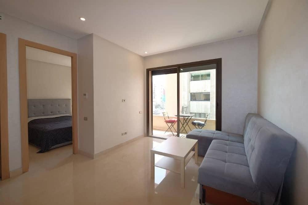 Basic Room, 1 Bedroom - Living Room