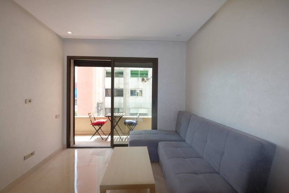 Basic Room, 1 Bedroom - Living Area