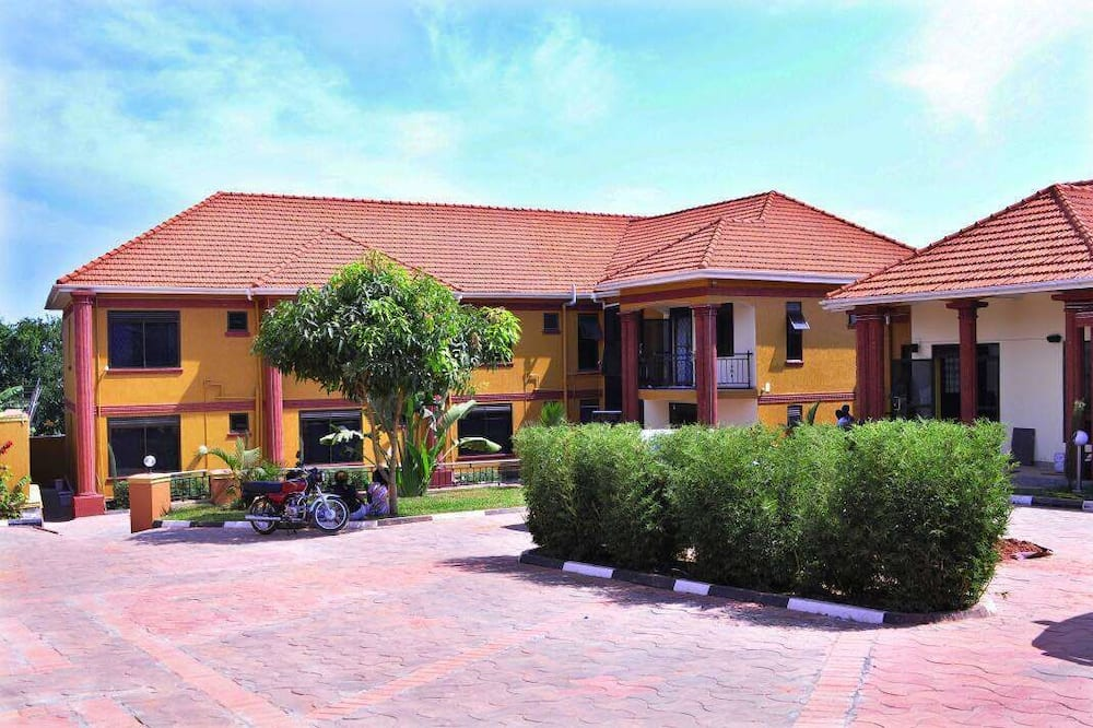 Pavillion Hotel, Entebbe