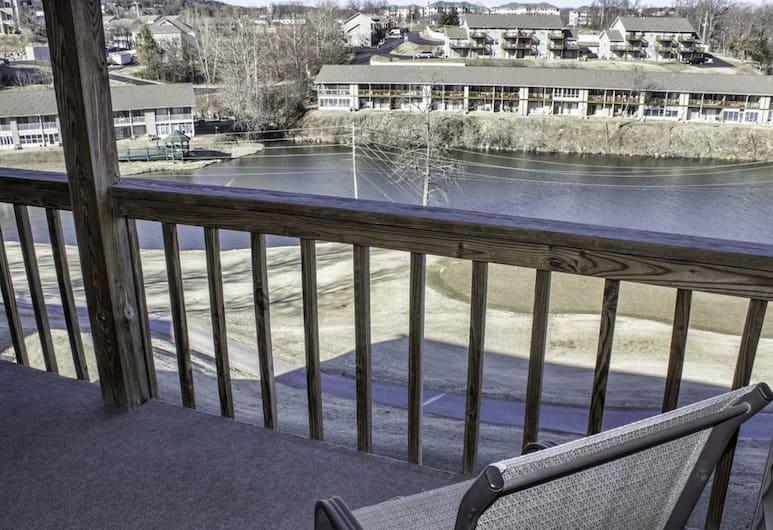 Indoor Outdoor Pools Hot Tub Free Wifi Close To The Strip Pointe Royale #829335 2 Bedroom Condo, Branson, Lakás, 2 hálószobával, erkély (Indoor Outdoor Pools | Hot Tub | Free), Erkély