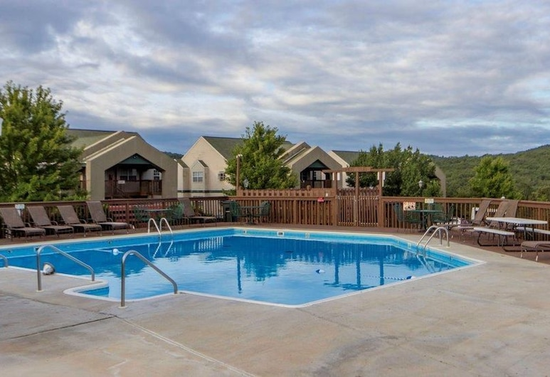 Pool Hot Tub Free Wifi 2.2 Miles From Silver Dollar City #1067744 2 Bedroom Condo, Branson, Außenpool