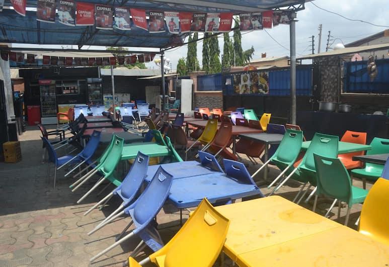 Dan Morgan Hotel & Suites, Lagos, Outdoor Dining