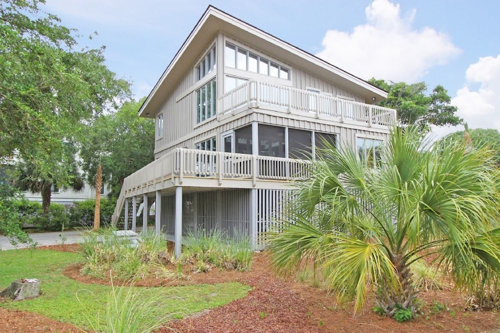 book 12 57th ave 4 bedrooms 3 bathrooms home in isle of palms