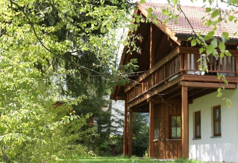 Ferienhäuser In der Waldperle, Bischofsmais, Front of property