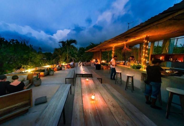 Mamasan Treehouses & Cabins, Tulum, Hotel Bar