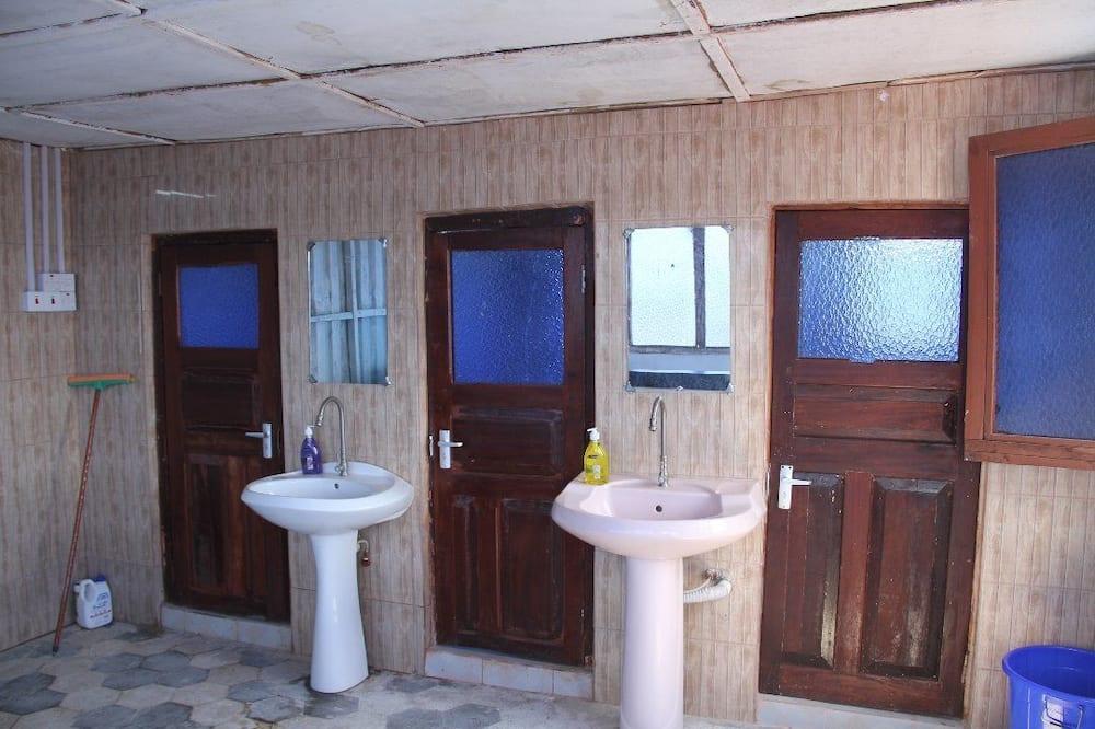Ekonominės klasės bendrabutis, vaizdas į miestą (For Men) - Vonios kambarys